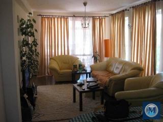 Vila cu 4 camere de vanzare, zona B-dul Bucuresti, 120.4 mp