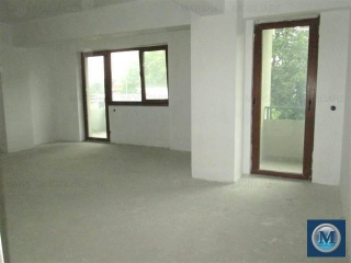 Apartament 3 camere de vanzare, zona Central, 101.71 mp