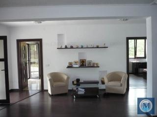 Vila cu 5 camere de vanzare in Gageni, 254.95 mp