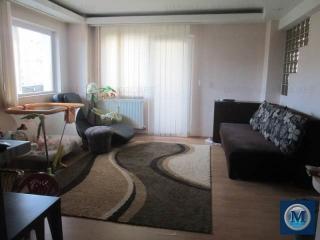 Apartament 3 camere de vanzare, zona Gheorghe Doja, 77 mp