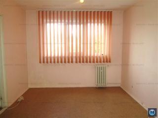 Apartament 2 camere de vanzare, zona Vest - Lamaita, 44.6 mp