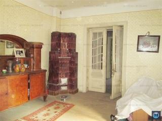 Casa cu 5 camere de vanzare, zona Malu Rosu, 151.11 mp