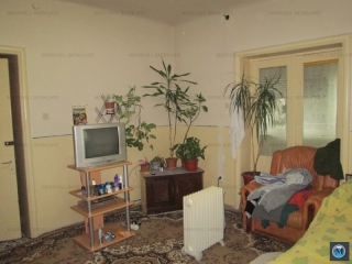 Vila cu 5 camere de vanzare, zona Ana Ipatescu, 250 mp