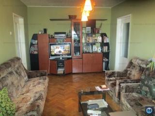 Apartament 3 camere de vanzare, zona Andrei Muresanu, 68 mp