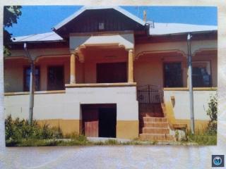 Casa cu 4 camere de vanzare in Baicoi, zona Nord, 102 mp