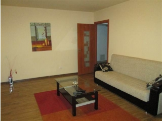 Apartament 2 camere de inchiriat, zona 9 Mai, 60 mp