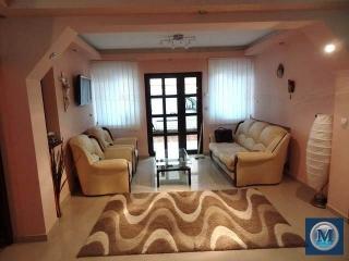 Vila cu 6 camere de vanzare in Strejnicu, 224.5 mp