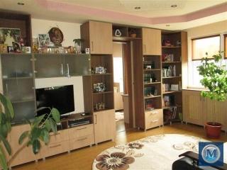 Apartament 3 camere de vanzare, zona Baraolt, 51.11 mp