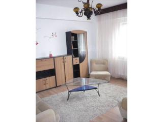 Apartament 3 camere de vanzare, zona Ultracentral, 65 mp