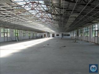 Spatiu industrial de inchiriat, zona Vest, 1300 mp