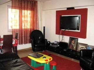 Apartament 3 camere de vanzare, zona Republicii, 74 mp