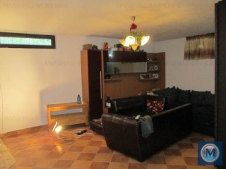 Casa cu 9 camere de vanzare in Bucov, 422.75 mp