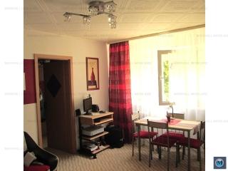 Apartament 3 camere de vanzare, zona Vest, 47.70 mp