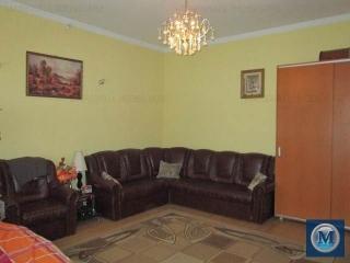 Casa cu 2 camere de vanzare, zona Central, 90 mp