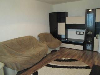 Apartament 3 camere de vanzare, zona Vest - Lamaita, 62 mp