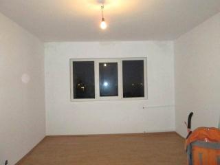Apartament 2 camere de vanzare, zona Malu Rosu, 52 mp
