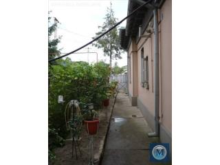 Casa cu 4 camere de vanzare, zona Ana Ipatescu, 100 mp