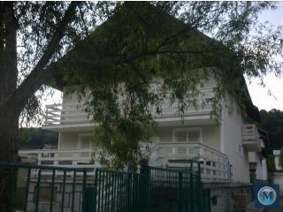 Vila cu 18 camere de vanzare in Cheia, 481.55 mp