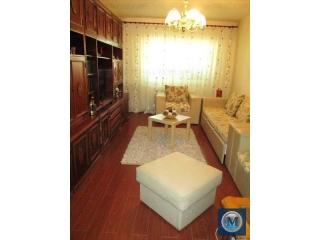 Apartament 3 camere de vanzare, zona P-ta Mihai Viteazu, 77.59 mp