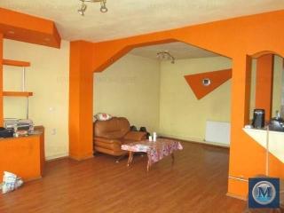 Vila cu 4 camere de vanzare, zona Vest - Lamaita, 212.07 mp