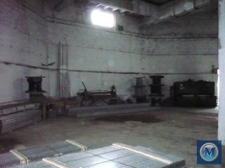 Spatiu industrial de inchiriat, zona Vest, 430 mp