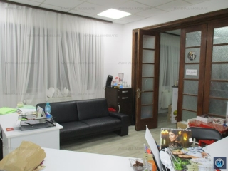Vila cu 3 camere de vanzare, zona Sud, 65 mp