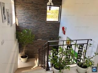 Vila cu 3 camere de vanzare in Plopu, 150 mp