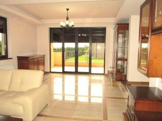Vila cu 5 camere de vanzare in Paulesti, 256 mp