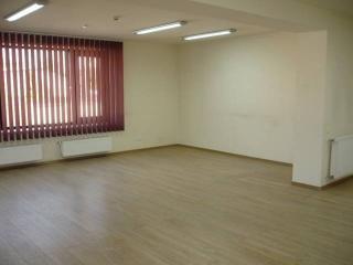 Spatiu  birouri de vanzare, zona Central, 246.45 mp