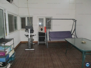 Vila cu 7 camere de vanzare, zona Ultracentral, 240.32 mp