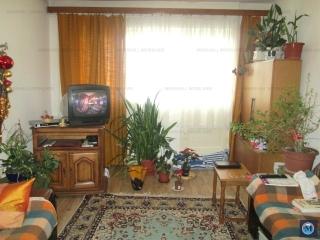 Apartament 4 camere de vanzare, zona Republicii, 91.74 mp