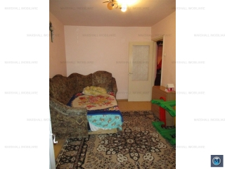 Apartament 2 camere de vanzare, zona Malu Rosu, 44.6 mp