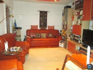 Apartament 3 camere de vanzare, zona Democratiei, 72.55 mp