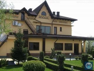 Vila cu 8 camere de inchiriat in Baicoi, zona Exterior Nord, 270 mp