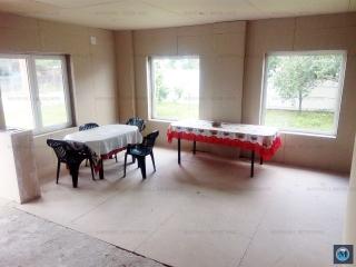 Vila cu 5 camere de vanzare in Baicoi, zona Est, 119 mp