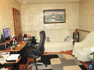 Apartament 4 camere de vanzare, zona Malu Rosu, 87.44 mp