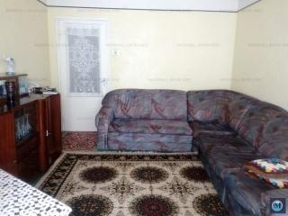 Apartament 3 camere de vanzare, zona Baraolt, 47.76 mp