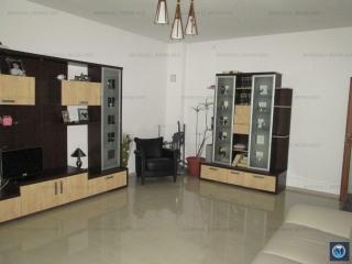 Casa cu 5 camere de vanzare, zona Central, 172 mp
