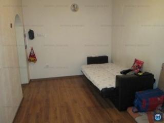 Casa cu 3 camere de vanzare, zona Eroilor, 57.71 mp