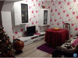 Casa cu 4 camere de vanzare, zona Lupeni, 80 mp