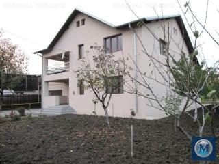 Vila cu 6 camere de vanzare in Barcanesti, 267.39 mp