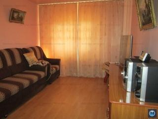 Apartament 3 camere de vanzare, zona Malu Rosu, 61.24 mp
